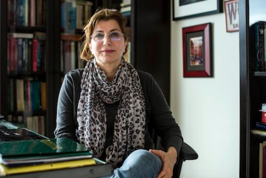 ویکتوریا طهماسبی، استاد مطالعات جنسیت در دانشگاه تورنتو
