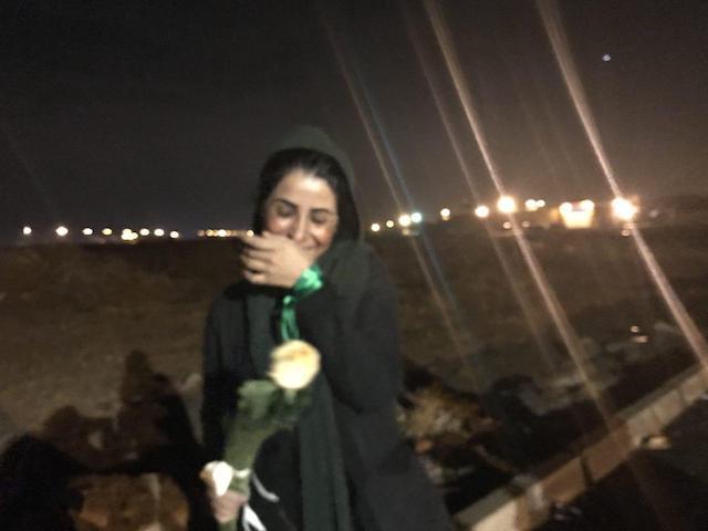 نرگس حسینی با تودیع وثیقه آزاد شد. (عکاس: عالیه مطلبزاده)