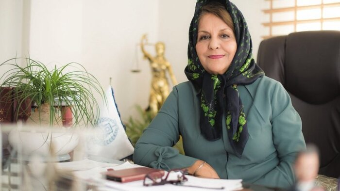 بهشید ارفعنیا، حقوقدان در گفتوگو با «کانون زنان ایرانی»