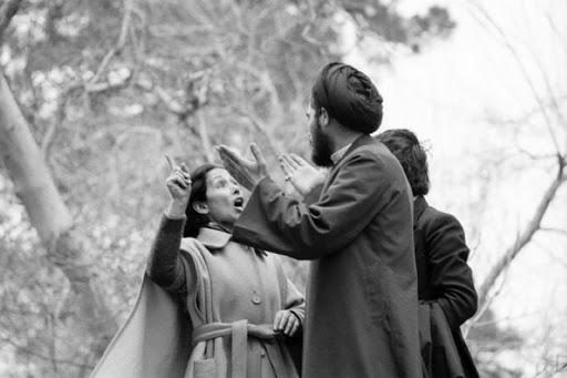 اولین اعتراض عمومی به حجاب بعد از انقلاب ۵۷، عکس از هنگامه گلستان