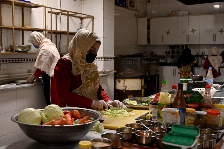 ماری اکرمی، برای باز نگه داشتن خانههای امن در افغانستان می جنگد