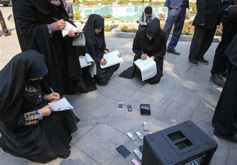 دشواریهای خبرنگاران زن در حاکمیت مردانه رسانه ها